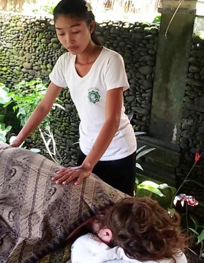 Une séance de reiki à Bali